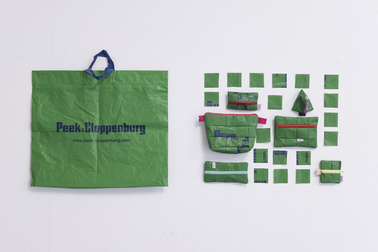 Anne Hermine, one plastic bag 130 x 57 cm, Foto: Corinne Rusch
