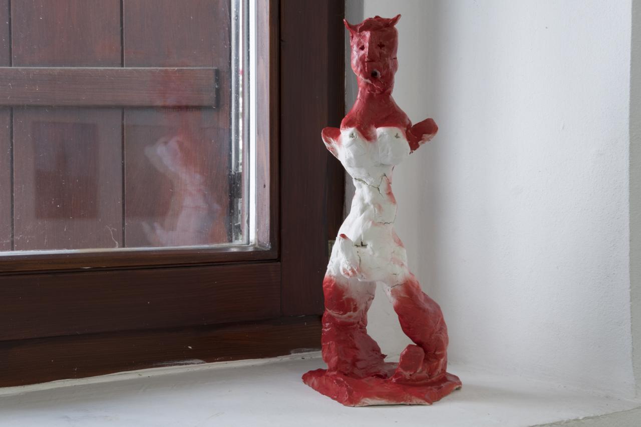 Cathérine Lorent, Leviathan, glazed ceramic, 33 cm, Kunstraum am Schauplatz, 2018