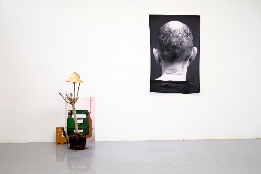 Installationsansicht: Tsereteli Vakhtang, Foto: Corinne Rusch