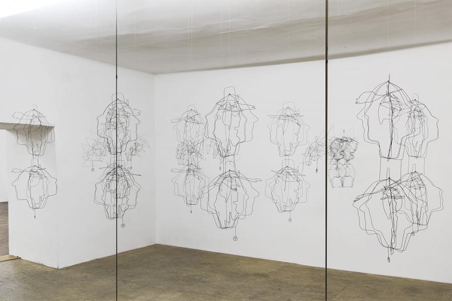 Ausstellungsansicht, Constantin Luser, SYMETRON, Foto: Simon Veres