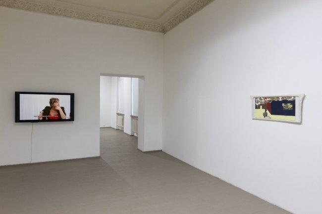 FRANZ WEST & BARBARA KAPUSTA, SLEEPWALKING III, Installation view at galerija VARTAI, Photographer Arnas Anskaitis