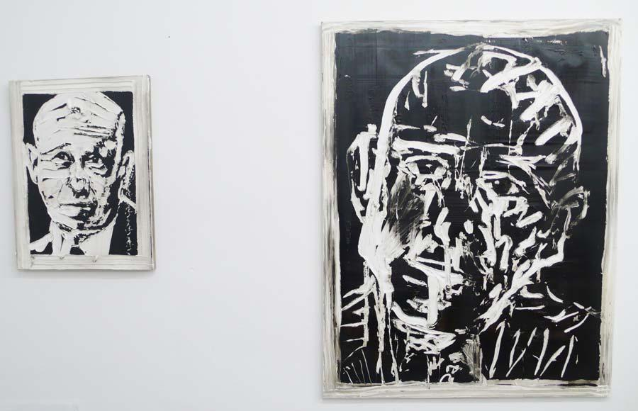 "Michi Lukas, aus der Serie ""too big to fail"": ""o.T. 1"", 80 x 60 cm, Öl auf Leinwand, 2013 ""; o.T. 1"", 120 x 155 cm, Öl auf Leinwand, 2013"